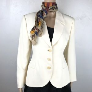 Giorgio Armani White ivory fitted blazer jacket